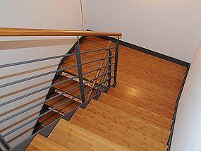 Treppe: Mehrfamilienhaus Gröbenzell
